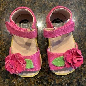 Livie Luca toddler girls sandals. Size 6.